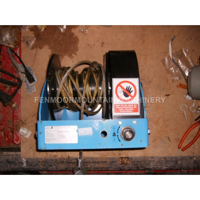 Winch and cable, Wall mounted Pfaff 1500 Kilo,SW-W-SGO1500